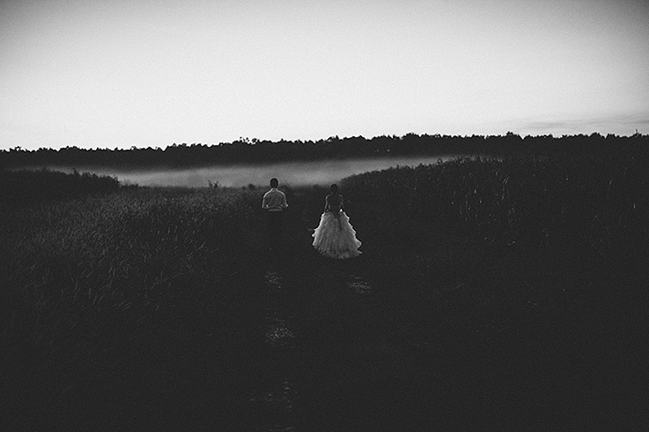 wedding photos in dusk