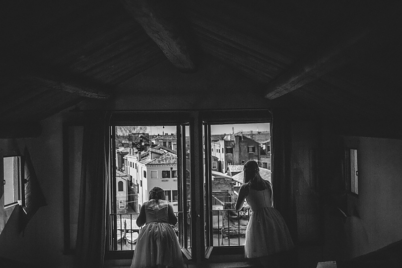 Venice wedding flower girls