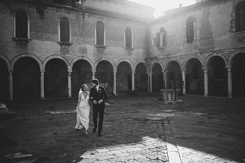 bride and groom wedding venice
