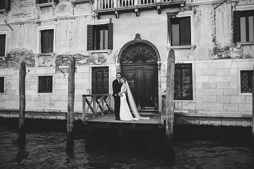 Venice canal wedding pictures